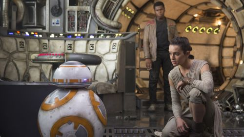 BB-8 ON THE MILENNIUM FALCON